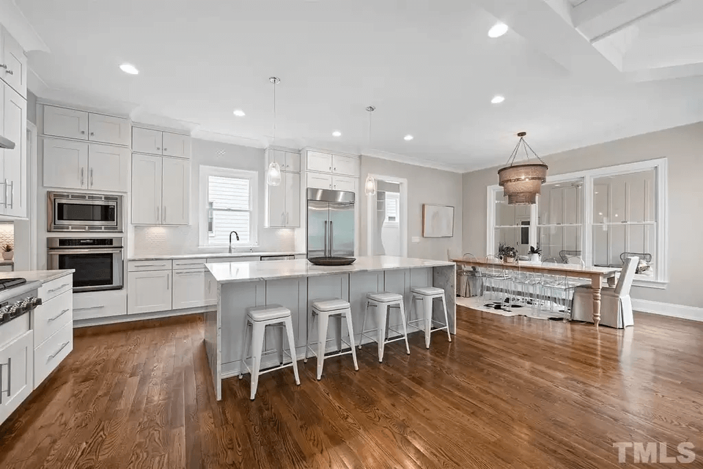 lavish raleigh real estate ocotea st