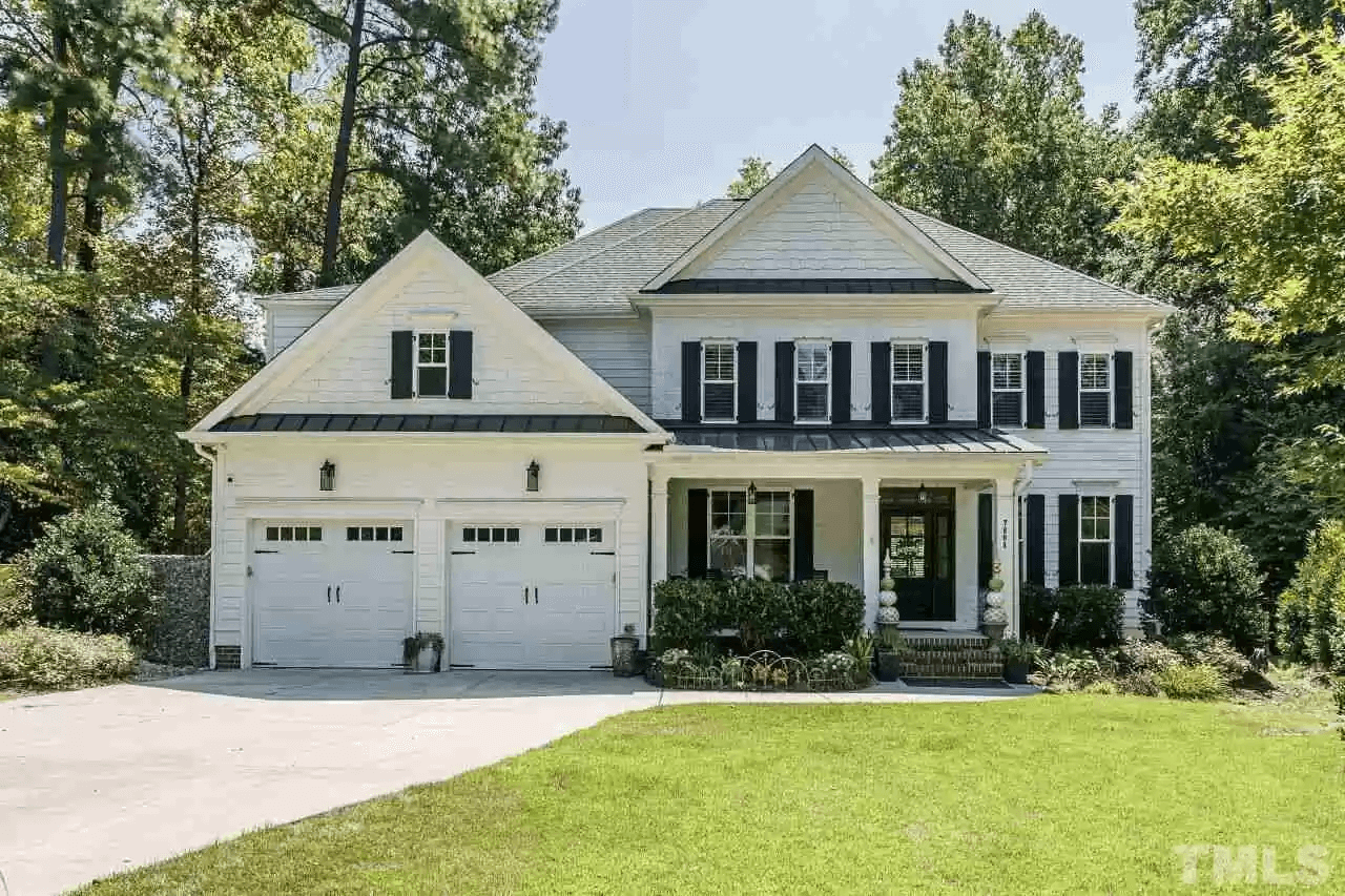 7804 Blackwing Ct. // $1,050,000